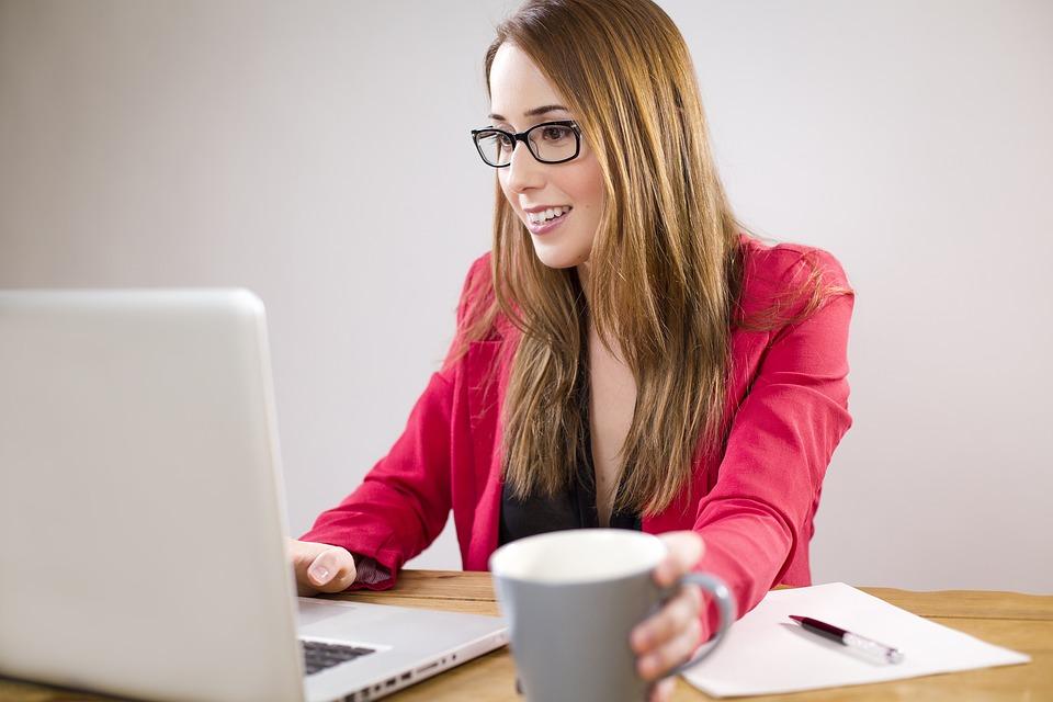 Como Ser Assistente Virtual ou Secretária Remota?